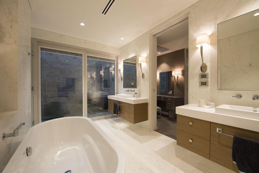 ApplecrossLuxuryHome-Bathroom