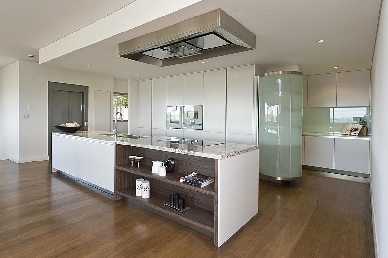 ClaremontCustomBuilt-Kitchen