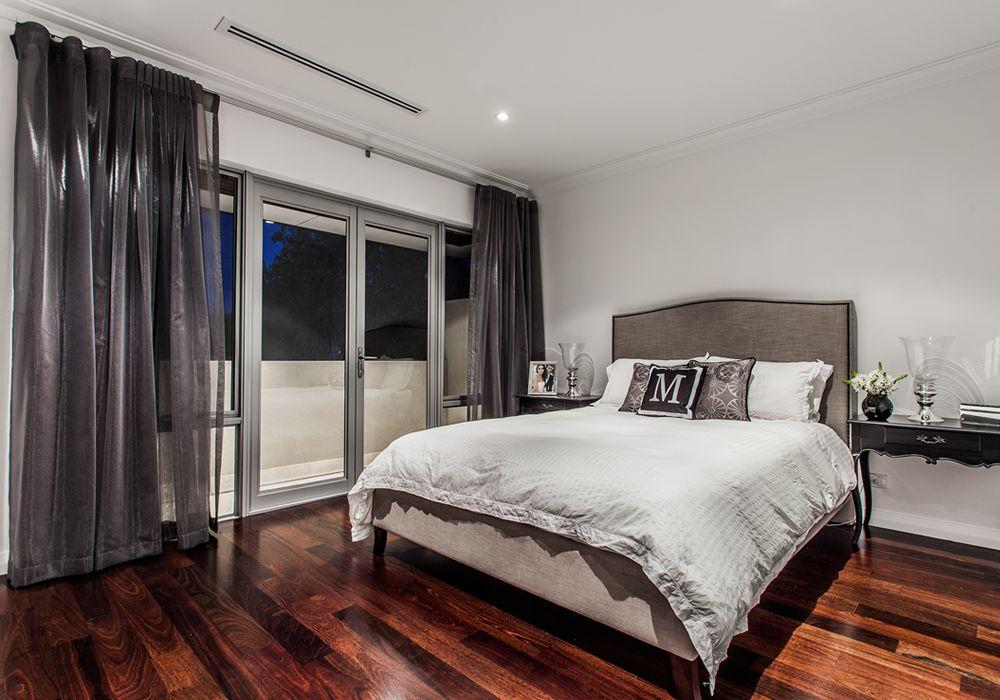 Narrow Lot - Bedroom